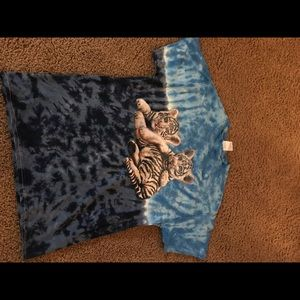 Ti-dye vintage cool tiger tee shirt